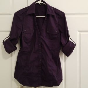 Express plumb v neck button down sz M